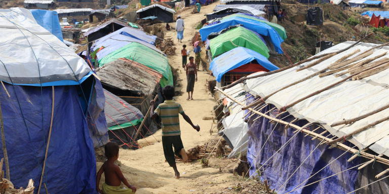 Makeshift shelters in Kutupalong camp where the majority of Rohingya refugees have settled after fleeing violence in Myanmar. (Photo: Ingrid Prestetun/NRC)