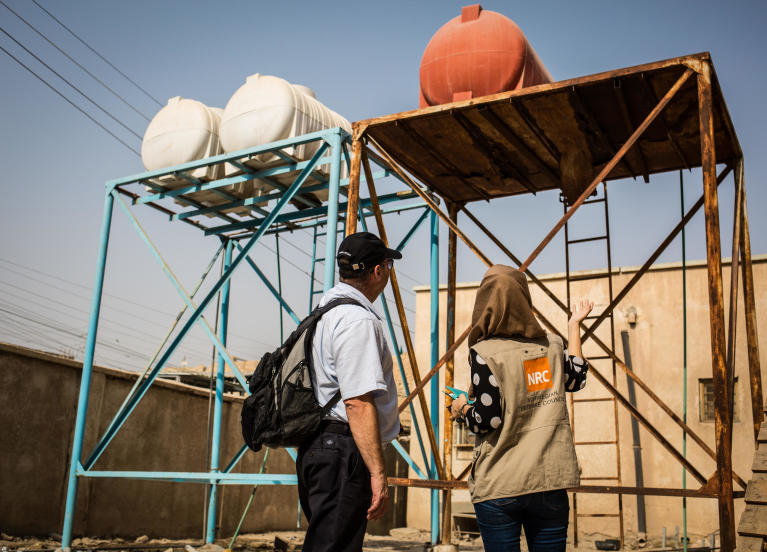 NRC WASH specialists are working in Basra to provide schools with the financial and technical resources to rehabilitate their water tanks and toilets in order to prevent the spread of cholera and water-borne diseases as children return to school.  Photo: Tom Peyre-Costa/NRC
