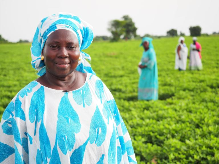 "Aissatou Ndaw is the leader of a local women's group called ""Sisters United"" in Kaffrine, Senegal. She is also a focal point for the national meteorological services (ANACIM), and receives weather forecasts that she distributes to her network. (Photo: Fernanda Baumhardt/NORCAP)"
