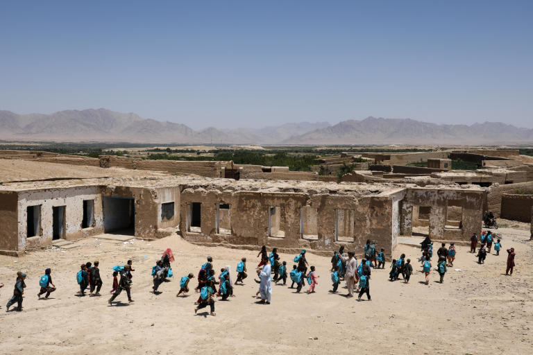 Once, hundreds of girls and boys were attending in Onas Sarshakhli Primary School in Trinkot and still there are some around 300 girls and boys gathering in the coordidor of the school to get education. The Sarshakhli village was collapsed to the Taliban and they used this school as their base to fight against the Afghan military forces. Now, they have been pushed back but the school still remain the same. Thousands of girls and boys would have studied here if there was enough funding for rebuilding this school. Photo: NRC/Enayatullah Azad